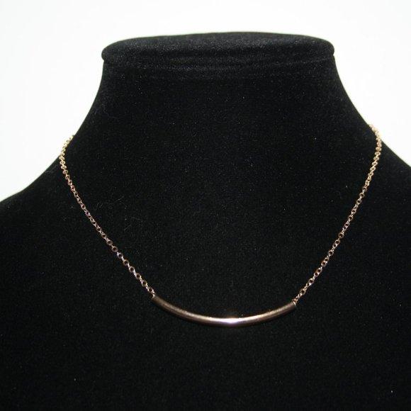 "Beautiful like new gold tube necklace 16-18"""
